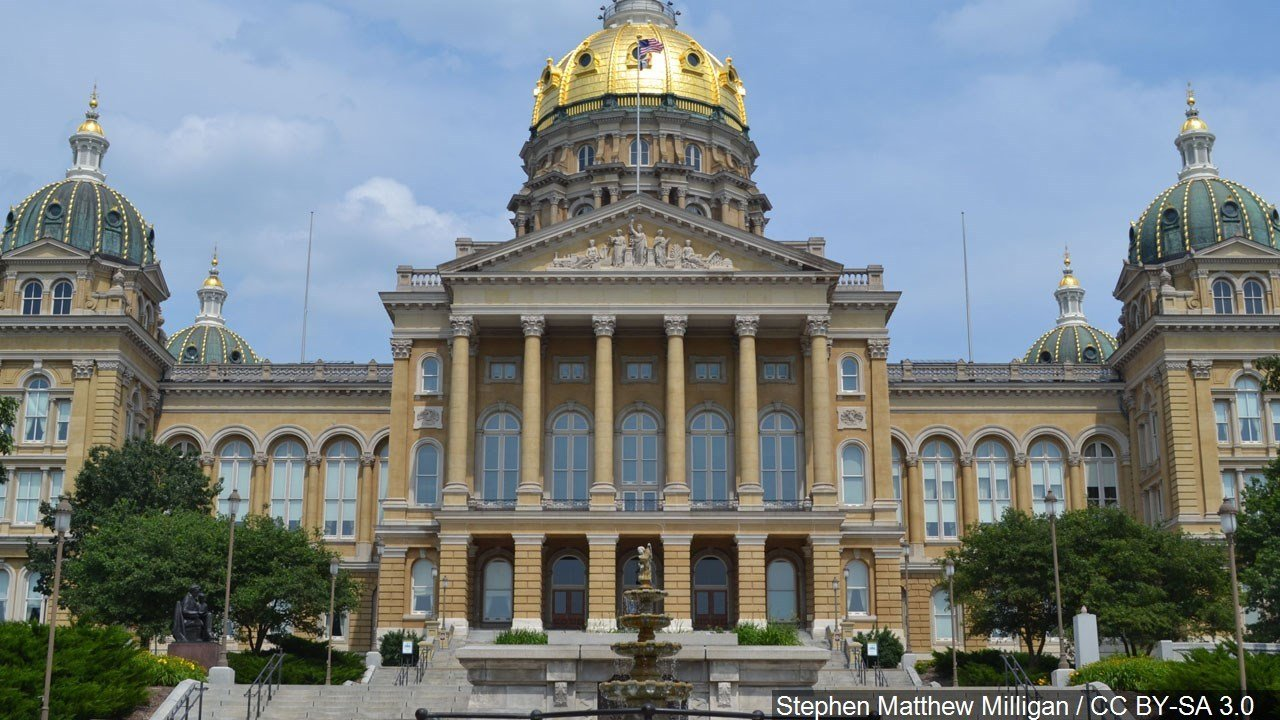 Iowa governor signs fetal 'heartbeat bill' into law