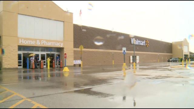 Keyc Mason City Walmart Roof Collapses